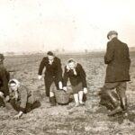 3. wykopki w pobliskich PGR 1954.. (2)